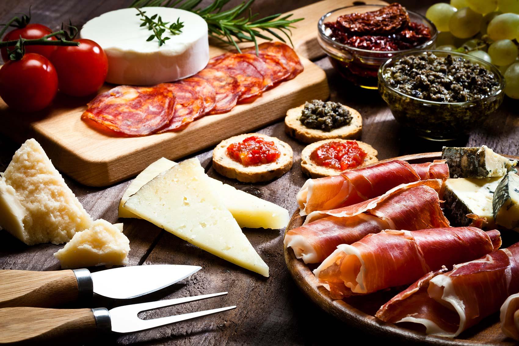 Metropolitan_Foods_European_Foods_Lines_restaurants